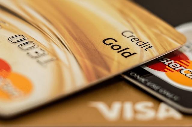 Simplex permet d'acheter des cryptos sur Binance à l'aide de cartes de crédit. Source de l'image: Pixabay.