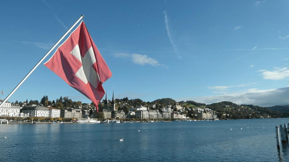 Les autorités suisses avaient déjà rendu possible l'achat de tickets de train des chemins de fer fédéraux (CFF) avec BTC. Source de l'image: pixabay