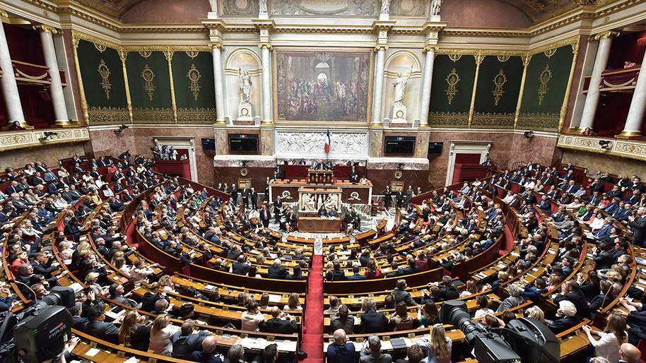 La République Française veut légiférer sur les cryptomonnaies