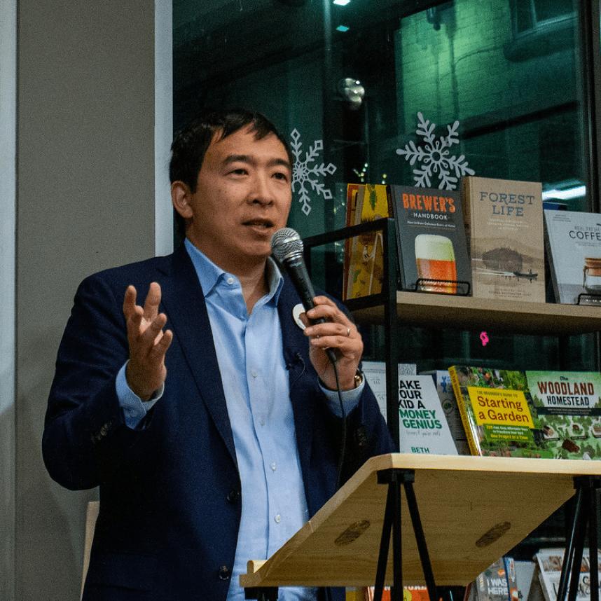 Dans le cadre de sa campagne présidentielle, Yang préconise la mise en œuvre d'une réglementation sur les tokens virtuels aux États-Unis. Source de l'image: Visual Hunt