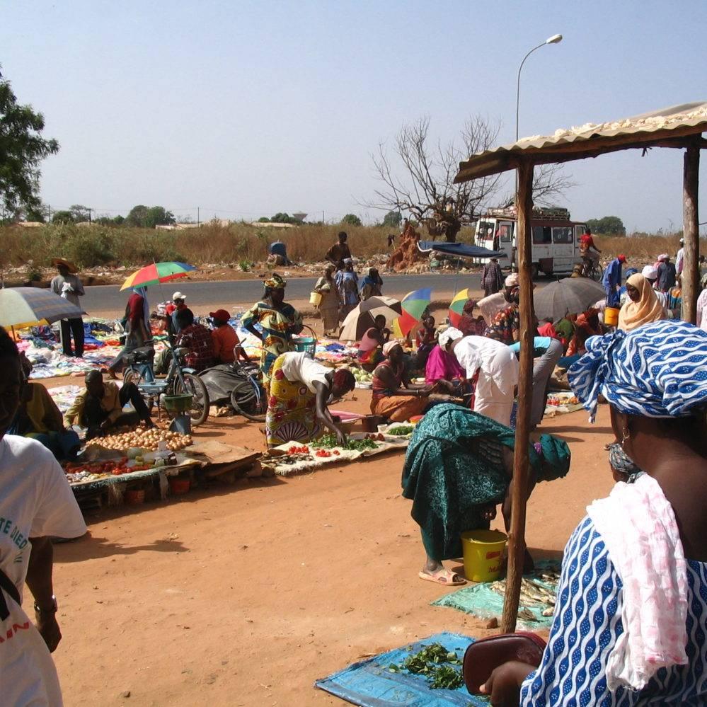 Croix-Rouge – Lancement d'une cryptomonnaie en Afrique contre la pauvreté ? (test au Kenya)
