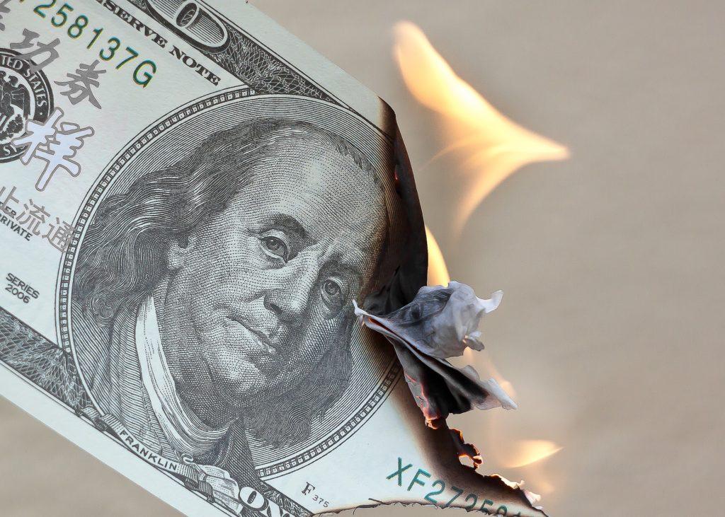 Dollar USD vs stablecoins $USDT $DAI