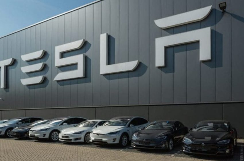 Tesla achève avec succès un projet pilote de blockchain dédié à la numérisation du transport maritime