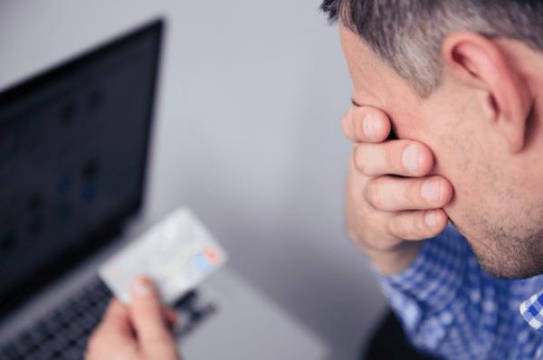 La société qui gère la carte de débit de crypto.com responsable de fraude